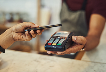 Person making purchase with Mobile Pay