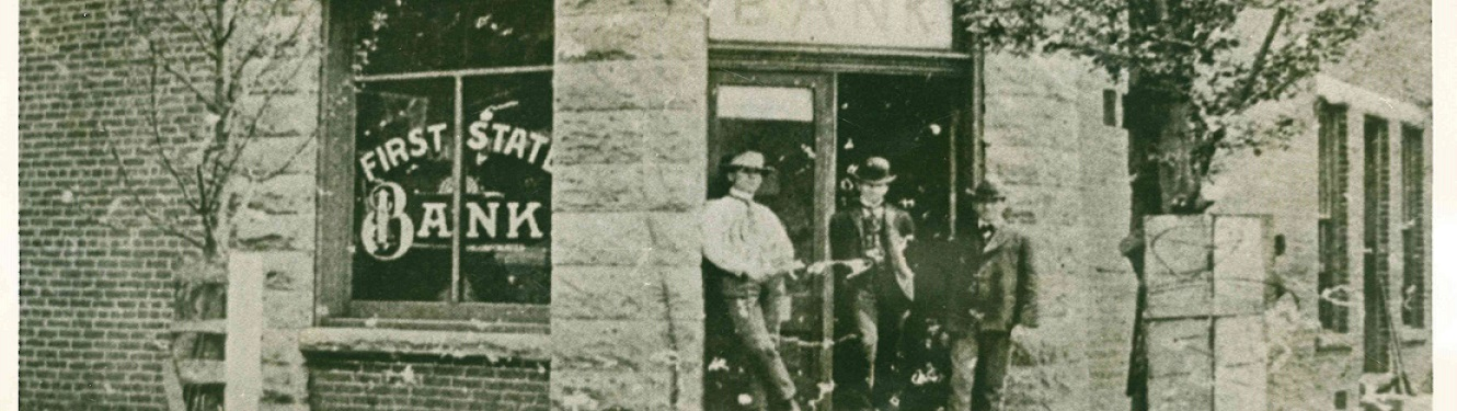 The 1st first state bank in Pineville in 1899